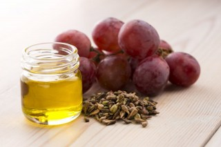 Grape seed oil 100%